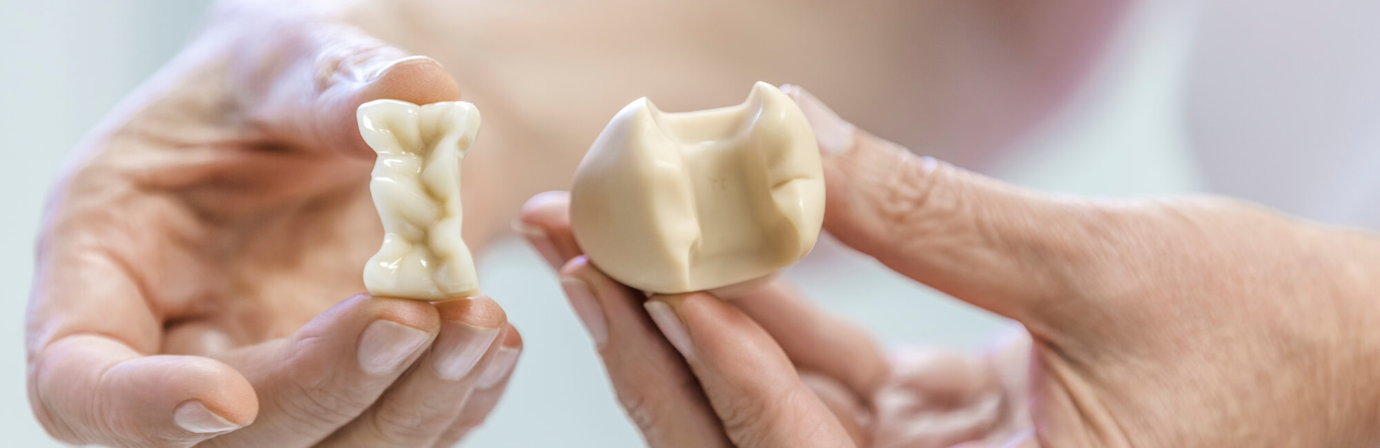 Zahnärztin Neuss - Sarem-Aslani - Slider Leistungen